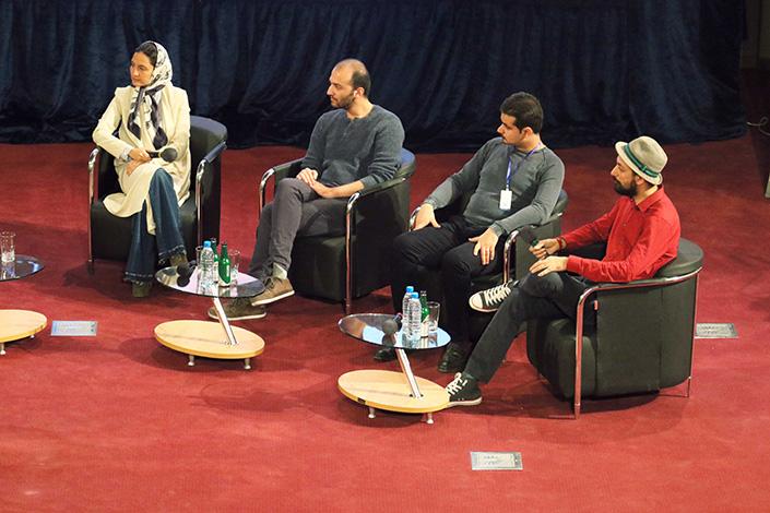 پنل کار آفرینی در مراسم اختتامیه هشتمین دوره جشنواره وب و موبایل ایران