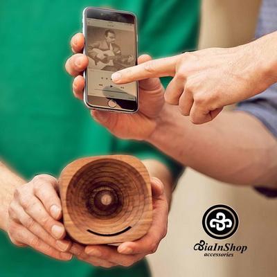 trobla-wooden-amplifier-smartphone